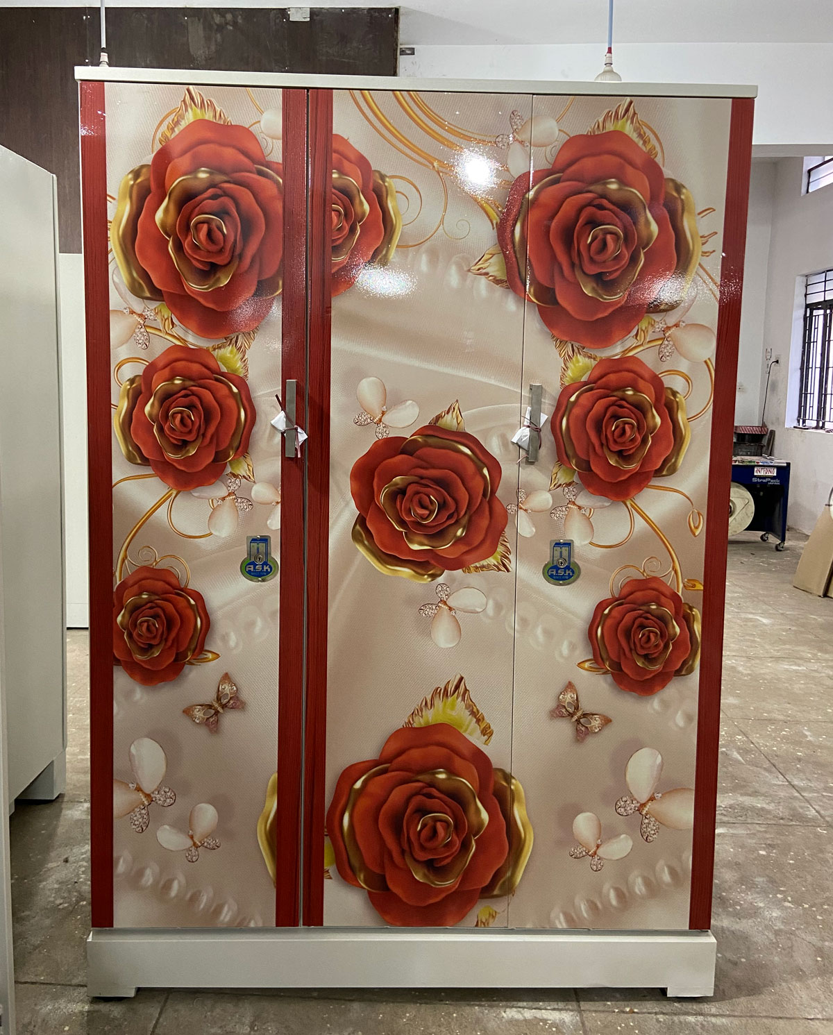 digital uv printed steel bero 3 door almirah red roses pearls